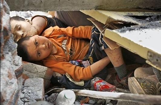 boy-in-rubble